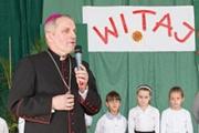 Ksiądz biskup Stanisław Jamrozek z wizytą w naszej szkole!