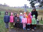 Pamiętamy o zmarłych - 6 - latki na cmentarzu w Rymanowie - fot. B. Dworzańska ::  19