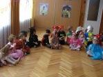 Zabawa choinkowa w grupie 3, 4 i 5-latków - fot. B. Dworzańska ::  1