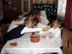 Wigilijne spotkanie w klasie IIb - fot. M. Dąbek i U. Koźma ::  20