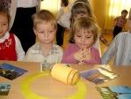 Zabawa andrzejkowa dzieci z Punktu Przedszkolnego - fot. A. Szul ::  34