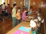 Zabawa andrzejkowa dzieci z oddzialałów przedszkolnych i uczniów z klasy 3b - fot. T. Ziemba ::  37