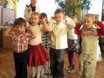 Zabawa andrzejkowa dzieci z Punktu Przedszkolnego - fot. A. Szul ::  40