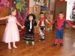Zabawa choinkowa w przedszkolu - fot. A. Szul ::  46