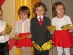 Święto Babci i Dziadka - występ dzieci 3-letnich - fot. M. Kasperkowicz ::  52