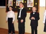Święto Babci i Dziadka - program artystyczny uczniów z klasy IIb - fot. A. Szul ::  59