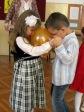 Zabawa andrzejkowa dzieci z Punktu Przedszkolnego - fot. A. Szul ::  71