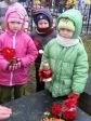 Pamiętamy o zmarłych - 6 - latki na cmentarzu w Rymanowie - fot. B. Dworzańska ::  8