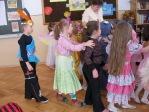 Zabawa choinkowa w oddziałach przedszkolnych - fot. A. Szul ::  92